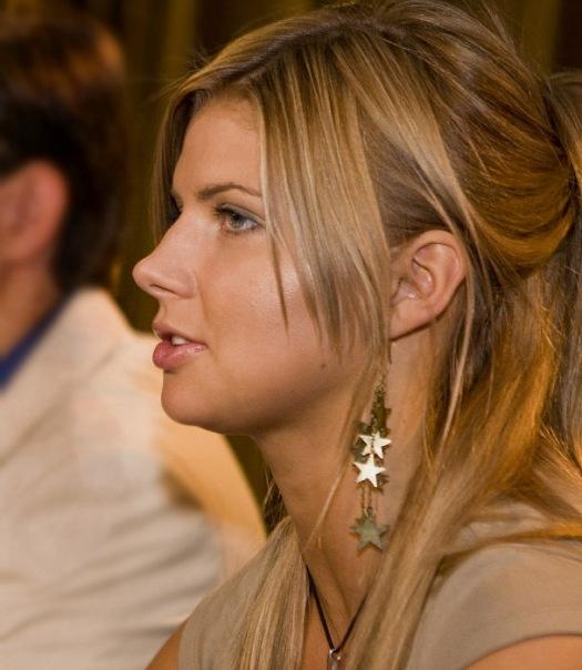 Звезда Настя Задорожная показала голые прелести. Бесплатно на Starsru.ru